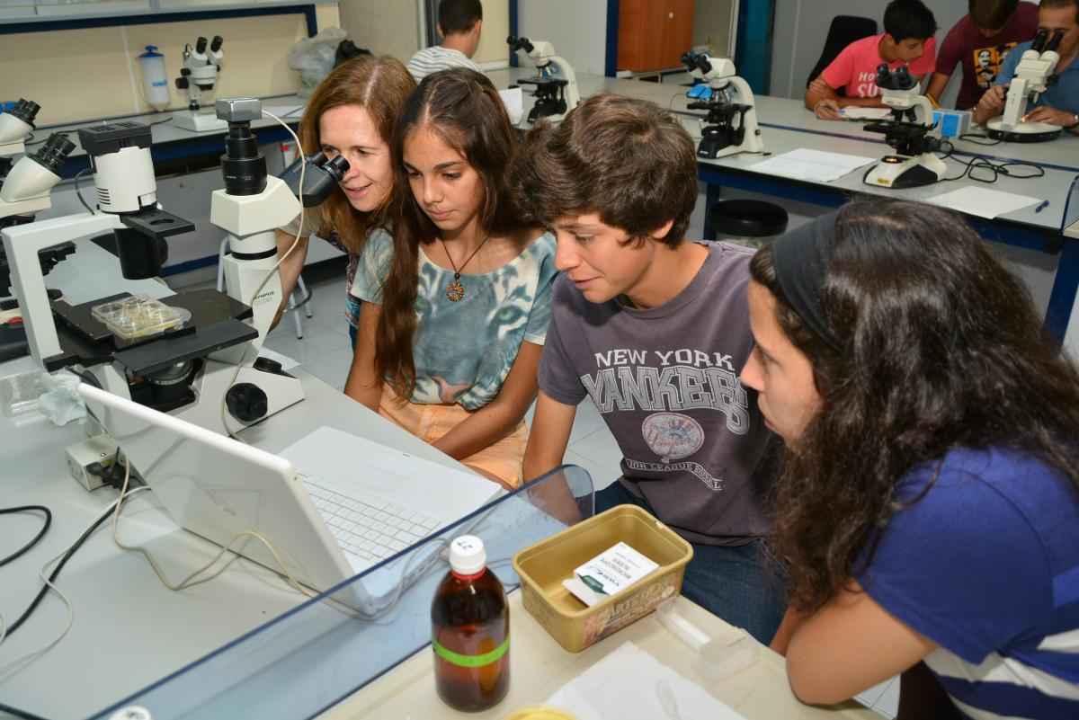Proyectos de I+D y retos científicos para el verano