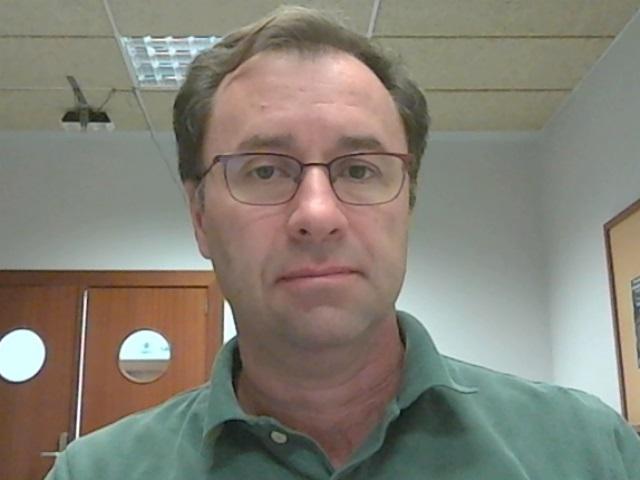 El profesor Jorge Cabrera Gámez