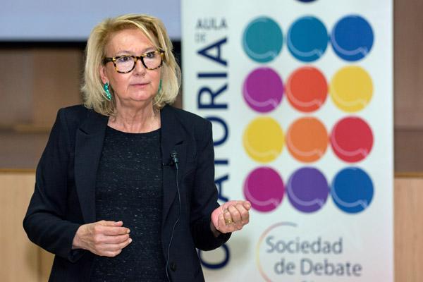 Xesca Vidal, durante la impartición de la conferencia