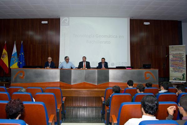 Imagen de la inauguración del II Encuentro, a cargo del Rector Rafael Robaina