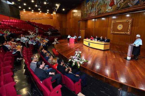 Imagen del Paraninfo universitario durante la celebración del Acto Académico
