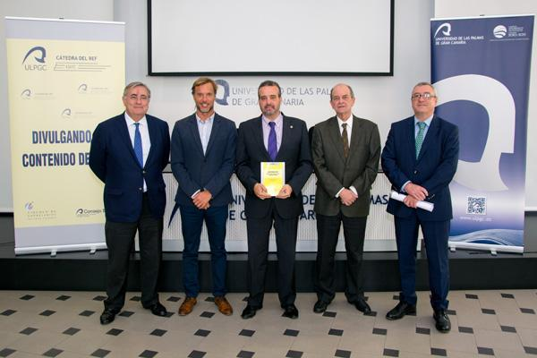 De izda. a dcha.: Mario Romero, Ciro Gutiérrez, el Rector Robaina, Ángel Tristán y Salvador Miranda