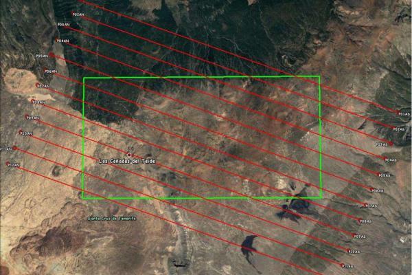 Ruta prevista del avión con los sensores hiperespectrales en el sur del Teide