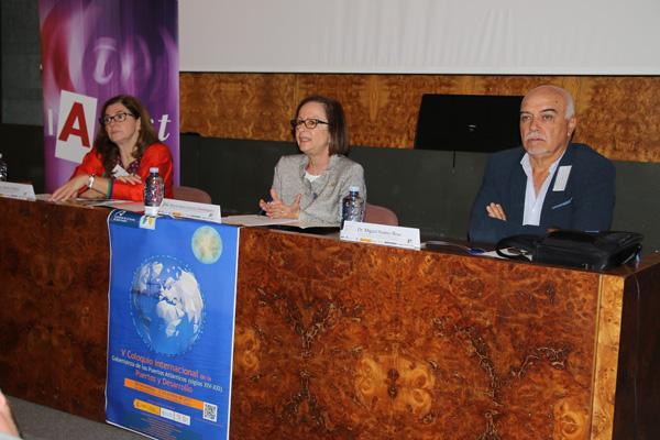 Imagen de la inauguración del encuentro, que estuvo presidida por la Vicerrectora María Jesús Domínguez