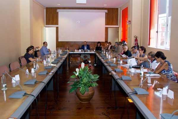 El Gobierno de la ULPGC: convocatoria de 3 plazas de Catedrático y 35 de Titulares