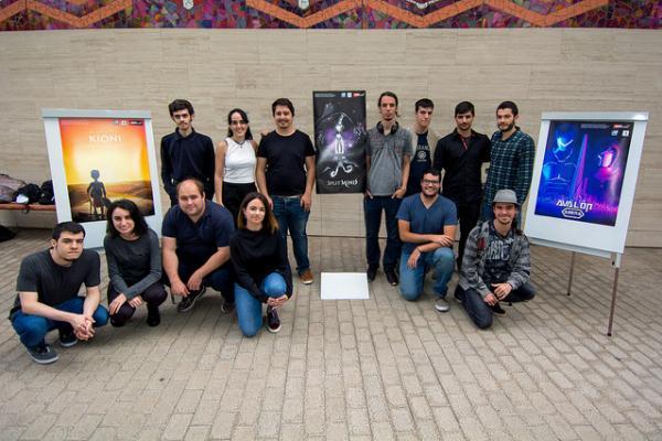 Foto de familia de los alumnos del Experto Universitario