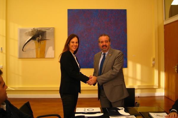 La ULPGC y la Fundación Bernegal suscriben un convenio para el desarrollo de una red de molinos para la producción de gofio en Mozambique