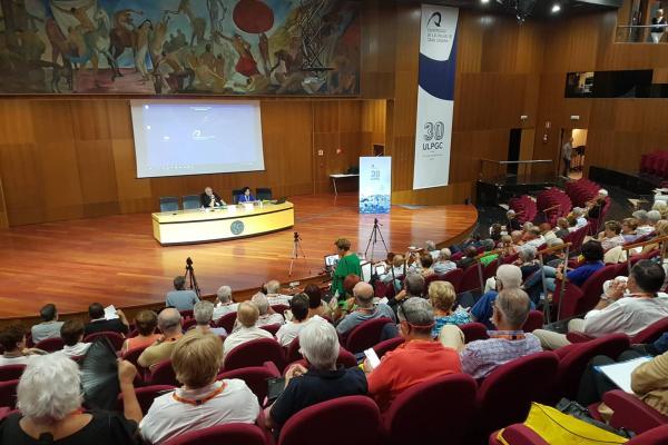 Imagen de una de las sesiones de las jornadas, celebrada en el Paraninfo de la ULPGC